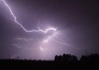 Lightning 342341 640